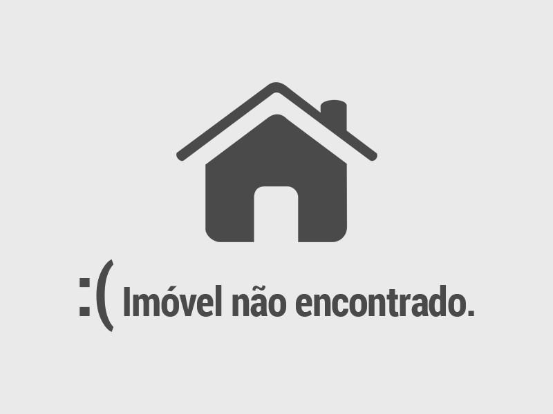 Apartamento com área privativa pronto